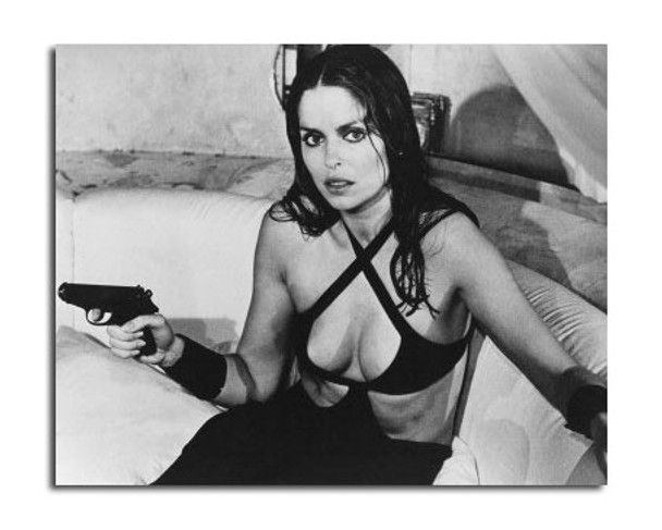 Barbara Bach Movie Photo (SS2456779)