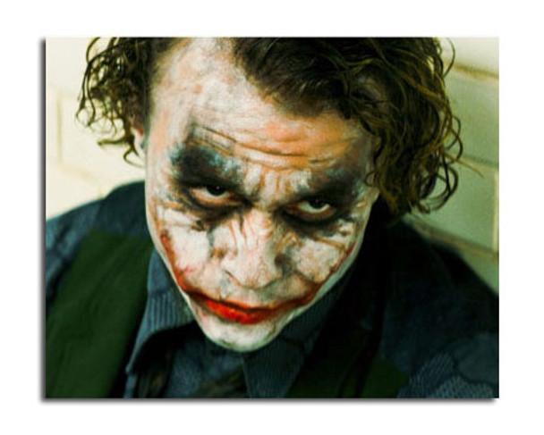 Heath Ledger - The Joker - The Dark Knight Movie Photo (SS3642444)
