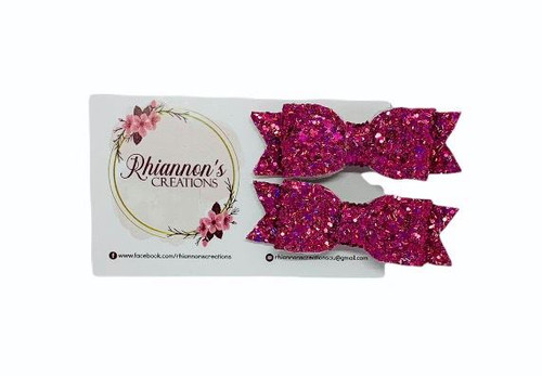 Rhiannons Creations - Leatherette Bow Clips