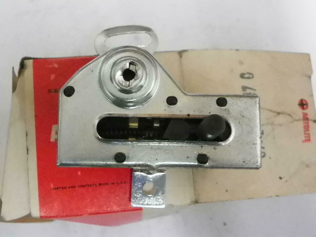 NOS 1967 Ford Fairlane Ranchero Cyclone Comet Console Neutral Safety Switch NOS