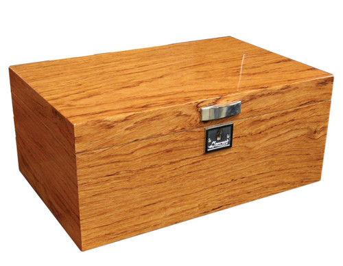 130 Ct. Lacquer Bubinga Finish w/Tray & Polished Hardware  High Gloss Bubinga Finish Chrome Plated Pull Removable Tray Polished Silver Humidifier & Hygrometer Silver Lock & Key 2 Adjustable Dividers Invisible Steel Lining Inside Lid Allows Humidifier & Hygrometer to Attach Magnetically