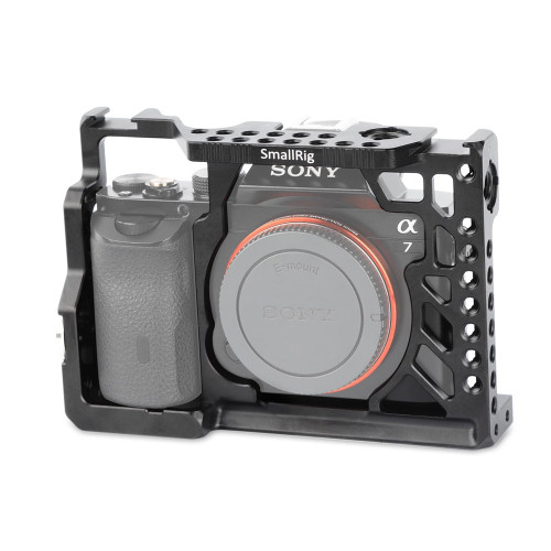 http://www.smallrig.com/product_images/w/918/SmallRig_Camera_Cage_for_SONY_A7_A7S_A7R_1815-09__26054.jpg