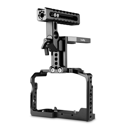 https://d3d71ba2asa5oz.cloudfront.net/12031759/images/smallrig-cage-with-helmet-kit-for-panasonic-lumix-gh5dmw-xlr1-2052%20(1).jpg