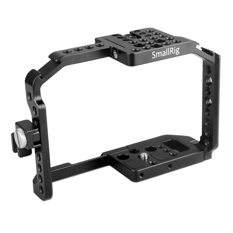 https://d3d71ba2asa5oz.cloudfront.net/12031759/images/smallrig-form-fitting-cage-for-panasonic-g7-1779%20(1).jpg