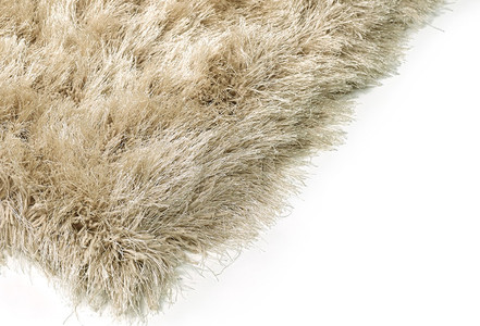 Choosing Shag Area Rugs - A Pile Worth Mentioning
