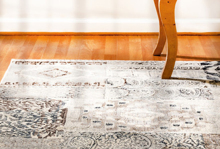 Decorating with Southwestern Area Rugs