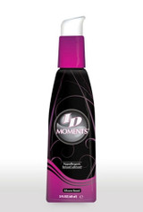 Ideal for both sexes, its delicate, ultra-mild and hypoallergenic formulation allows worry-free possibilities for long-lasting enjoyment to explore the magic of intimacy.