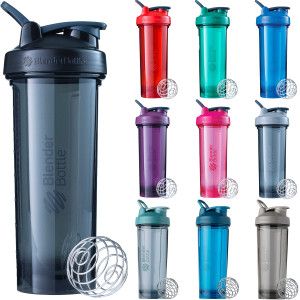 Blender Bottle Pro Series 32 oz. Shaker Mixer Cup with Loop Top