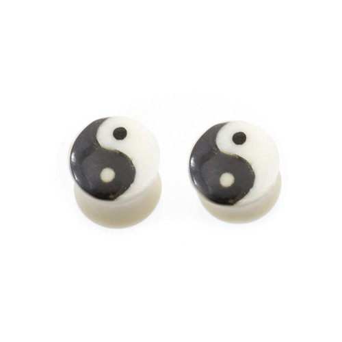Pair of Organic Horn Bone with Yin Yang Symbol Design Plugs