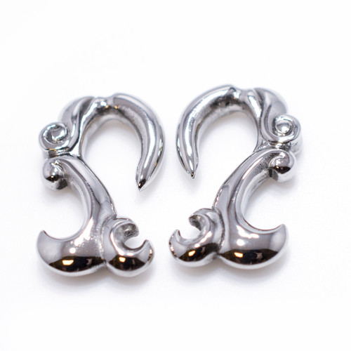 8 Gauge Surgical Steel Tribal Design Ear Plug