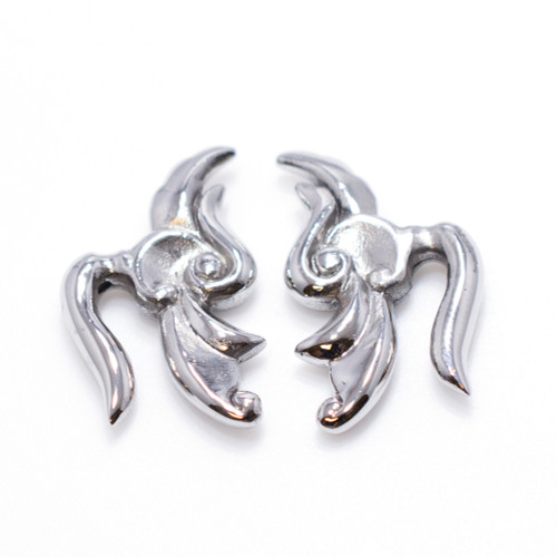8 Gauge Surgical Steel Tribal Design Ear Plug-1