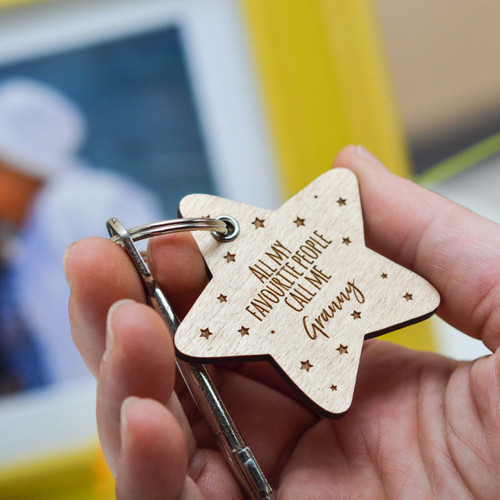 Personalised All my favourite people call me Keyring - The Crafty Giraffe
