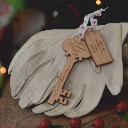 Personalised Santa Key - The Crafty Giraffe