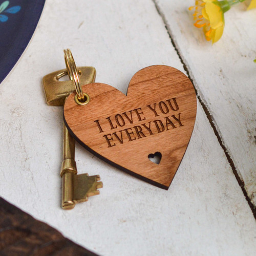 Personalised Heart Shape Valentines Keyring - The Crafty Giraffe