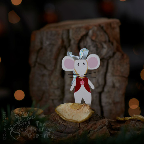 Wooden mouse with red waistcoat