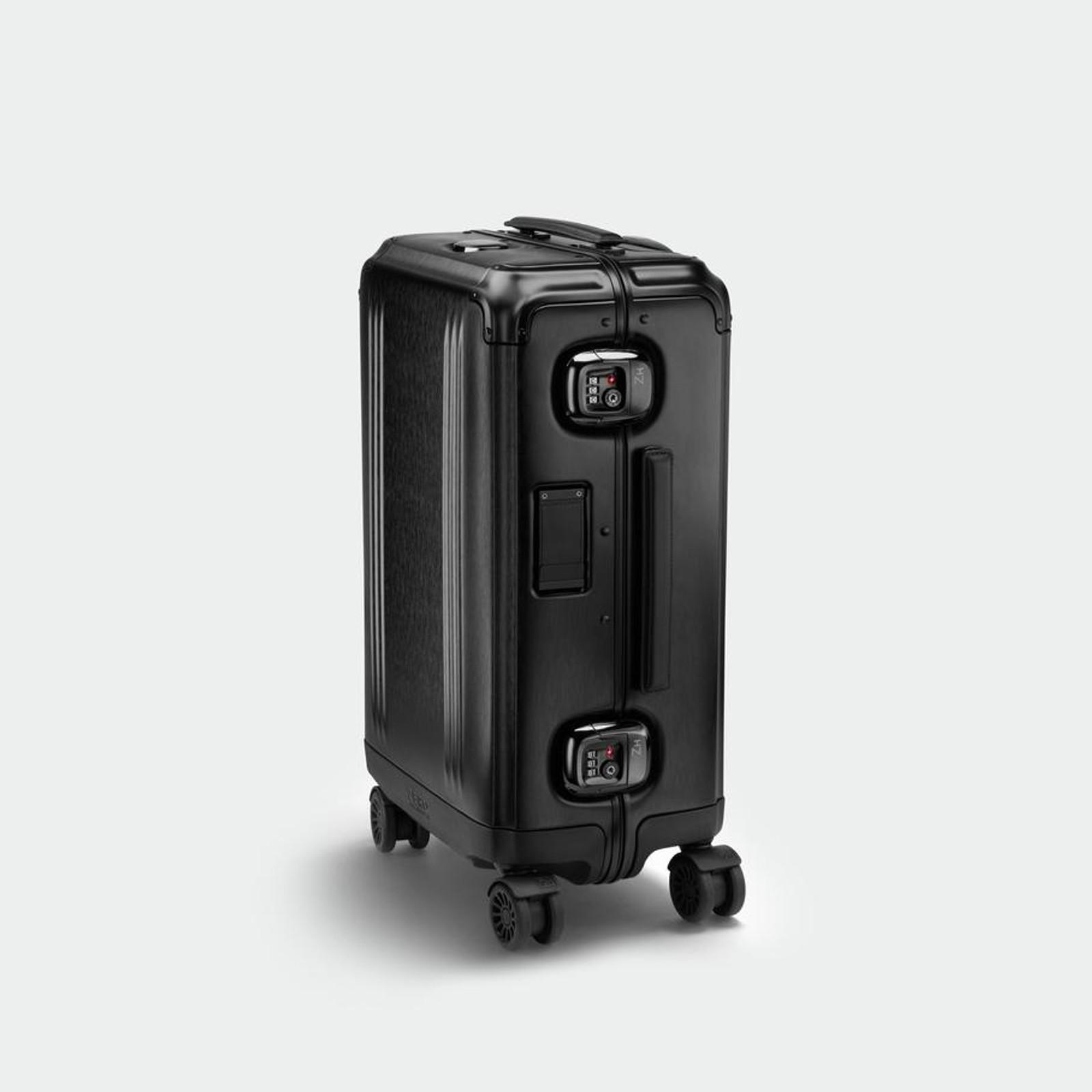 Pursuit - International Carry-On Case (Black)