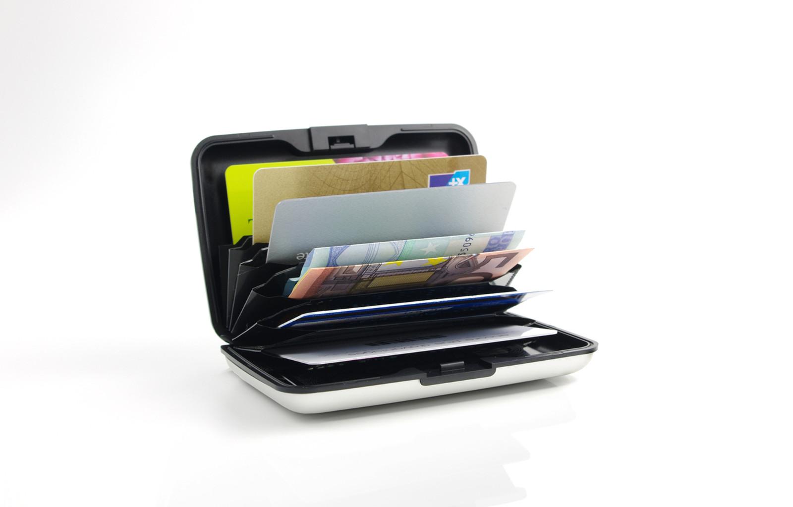 Case Red RFID Safe Wallet