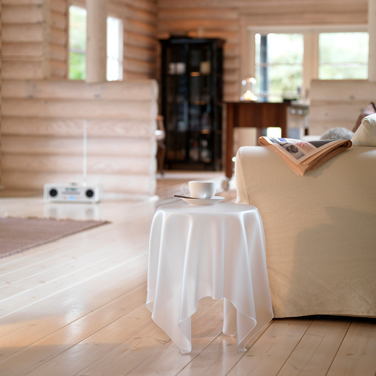 lllusion Ice Side Table