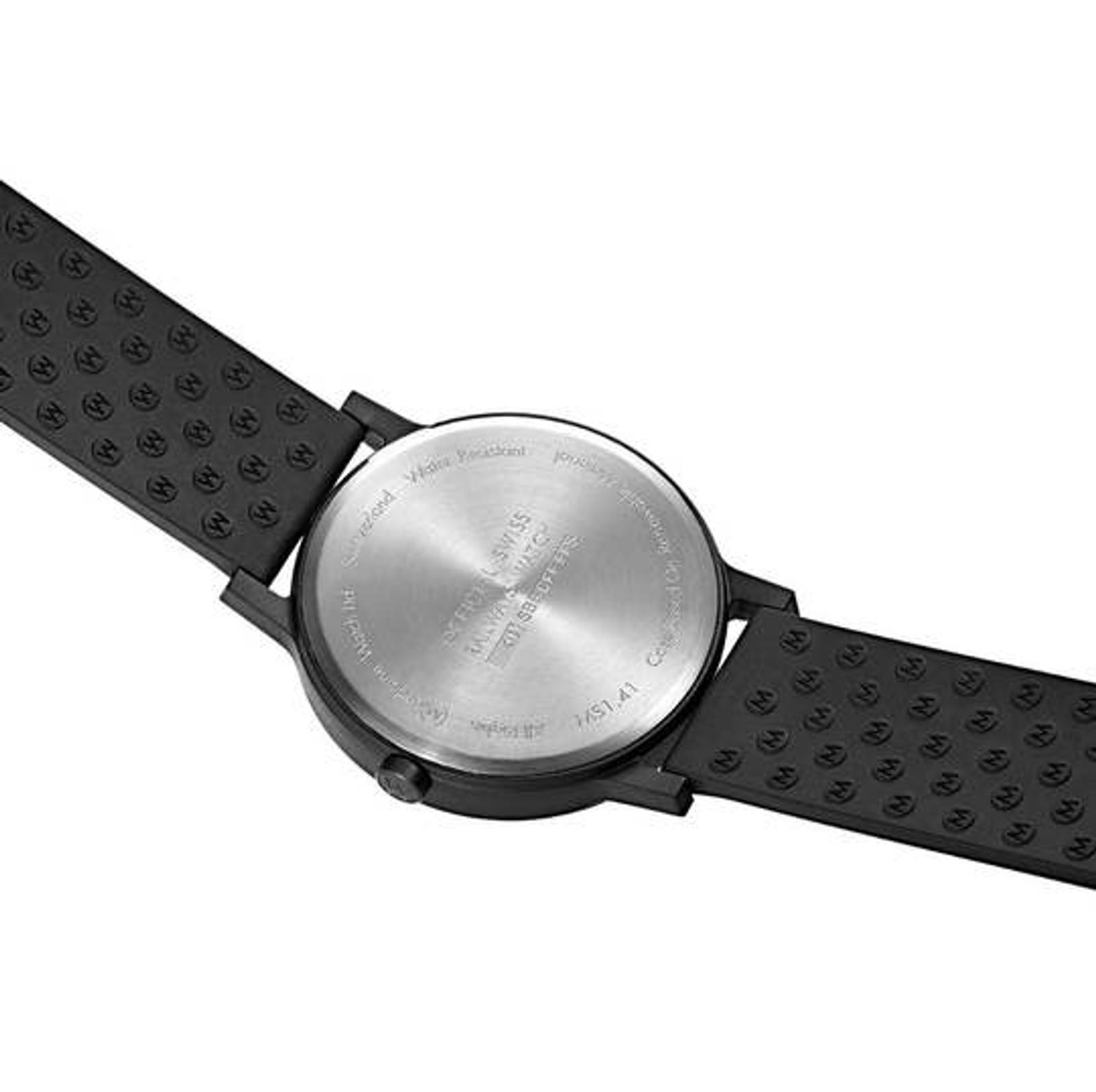 Essence 32mm - Black dial