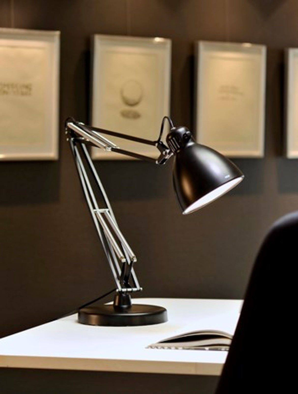 Luxo L1 - LED with Base