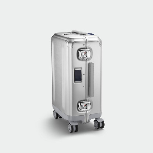 Pursuit - International Carry-On Case (Silver)