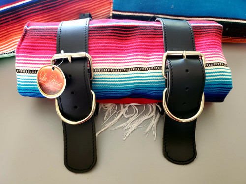 MOTORCYCLE MEXICAN AUTHENTIC SERAPE ROLLUP BLANKET BLACK LEATHER BELTS RED