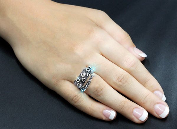 Ocean's Deep Octopus Ring - Silver. Hand Carved.