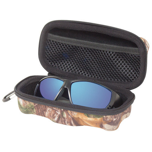 9c1c739e49d Chums™™  The Vault  Accessory Case Realtree Xtra