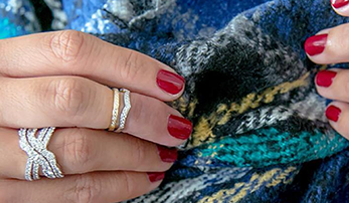 The Jewelry Trend We Can't Get Enough of: Above-the-Knuckle-Rings