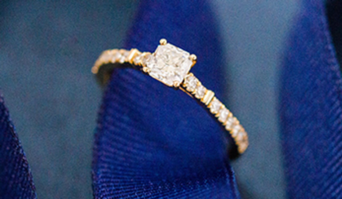 After the Proposal: How to Resize Your Ring