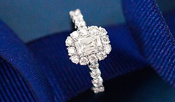 Why Halo Engagement Rings are Some of the Most Liked on Social Media