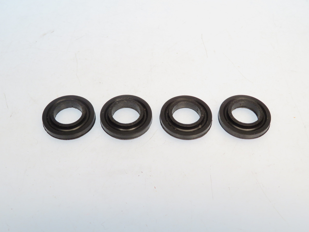 MGA Austin Healey Sprite Triumph TR3 TR4 & MG Magnette S.U. Brand H Series Carburetor Float Bowl Mounting Grommets  AUC1534
