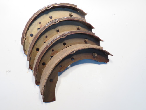Ford Cortina 1500 Deluxe 1964-1965 Front Brake Shoe Set  BS124