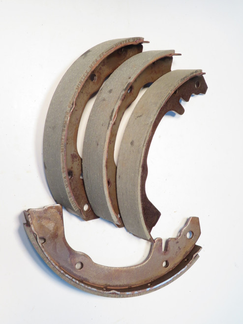 Renault Dauphine Caravelle & Gordini Rear Brake Shoes  BS91