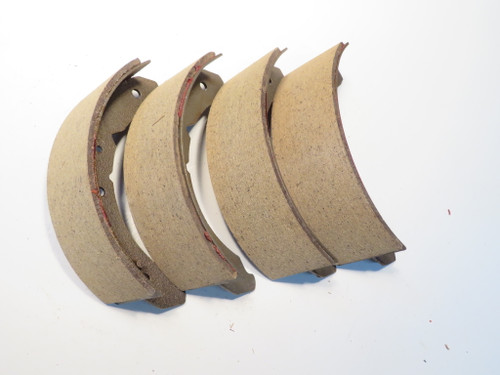 Austin A55 A60 MG Magnette Ford Zephyr & Riley 4/68 Front Brake Shoes BS80