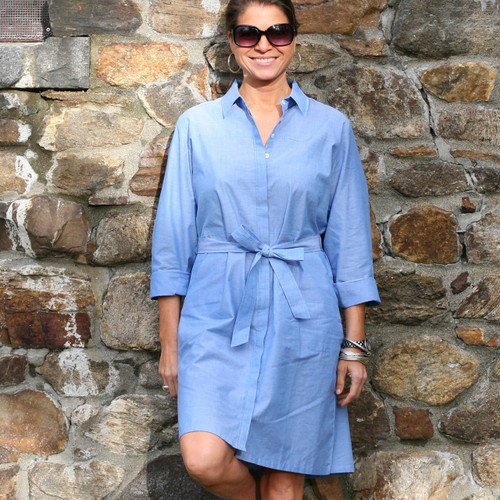 Classic button-front belted shirtdress with slant front pockets