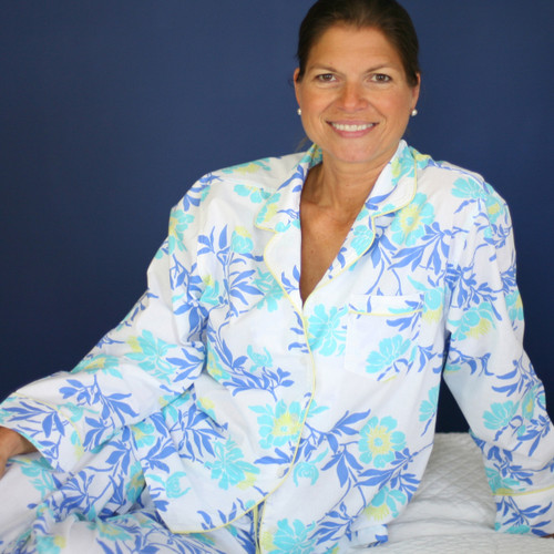 Women's printed 100% woven cotton long sleeve pajamas