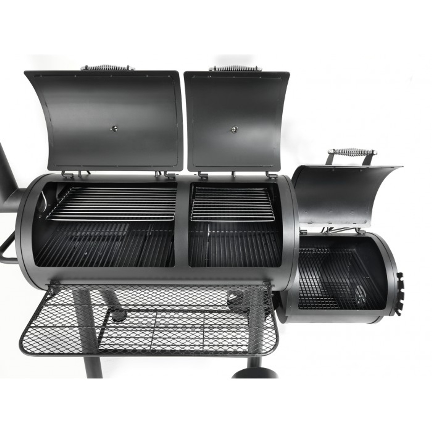 Huge cooking capacity with large cooking grates and warming shelves