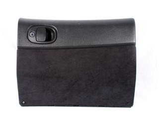 04-06 Pontiac GTO Glove Box USED