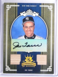 2005 Donruss Diamond Kings Joe Torre autograph dual bat #D04/10 *58392