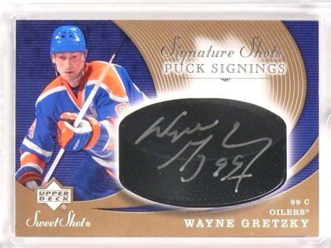 SOLD 18137 2007-08 Sweet Shot Signature Shots Puck Wayne Gretzky autograph auto *70956