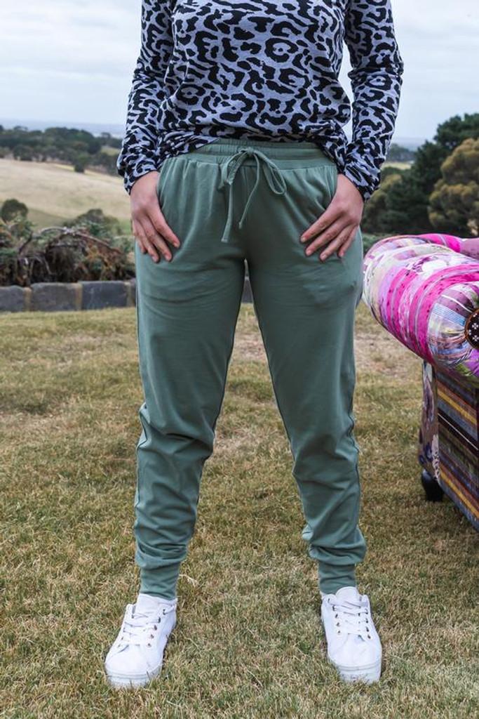 One Ten Willow Everyday Pant Khaki