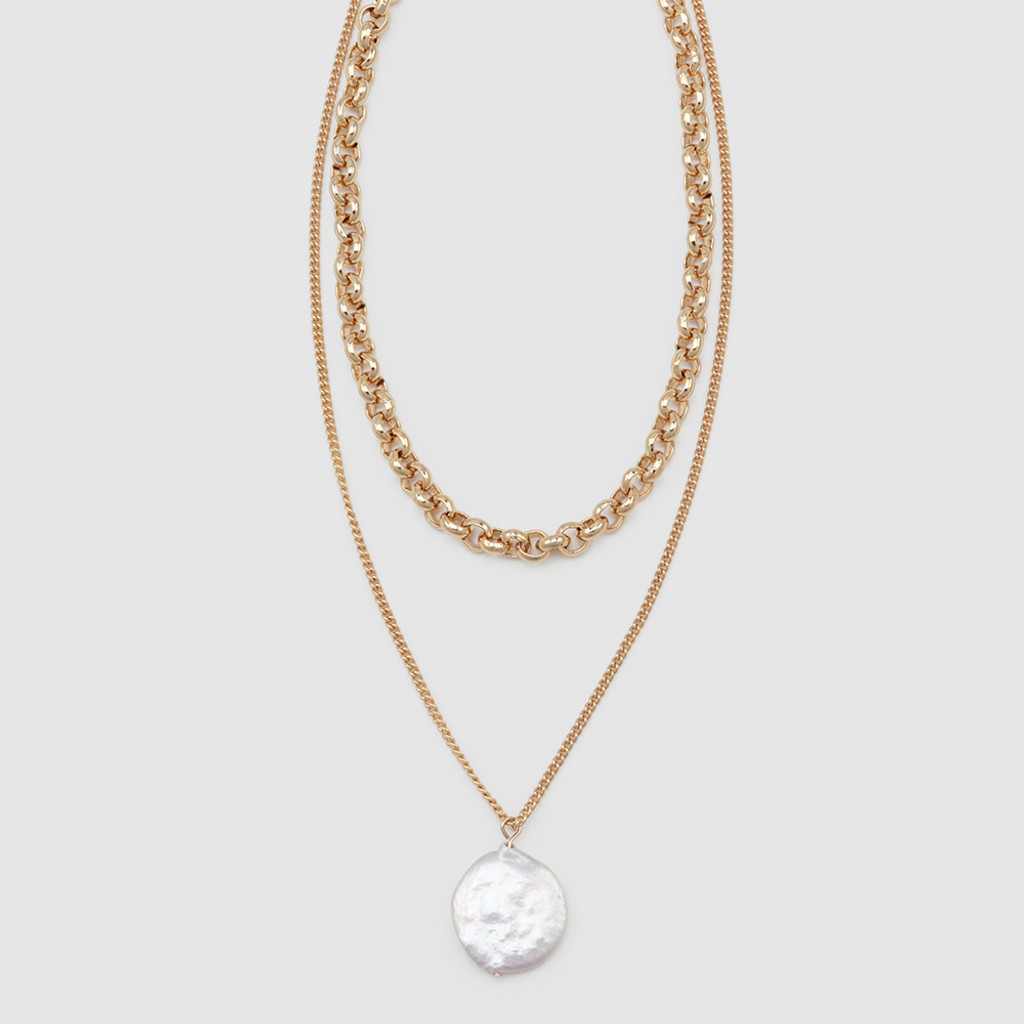 Jolie & Deen Round Pearl and Chain Necklace