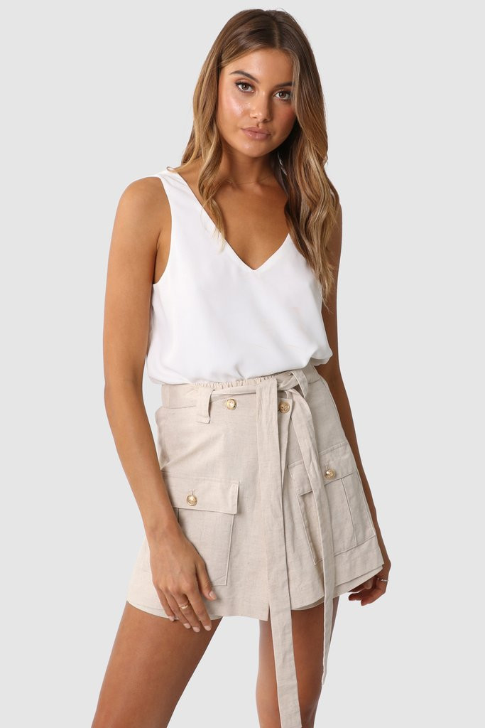 Madison The Label Miguel Shorts Sand