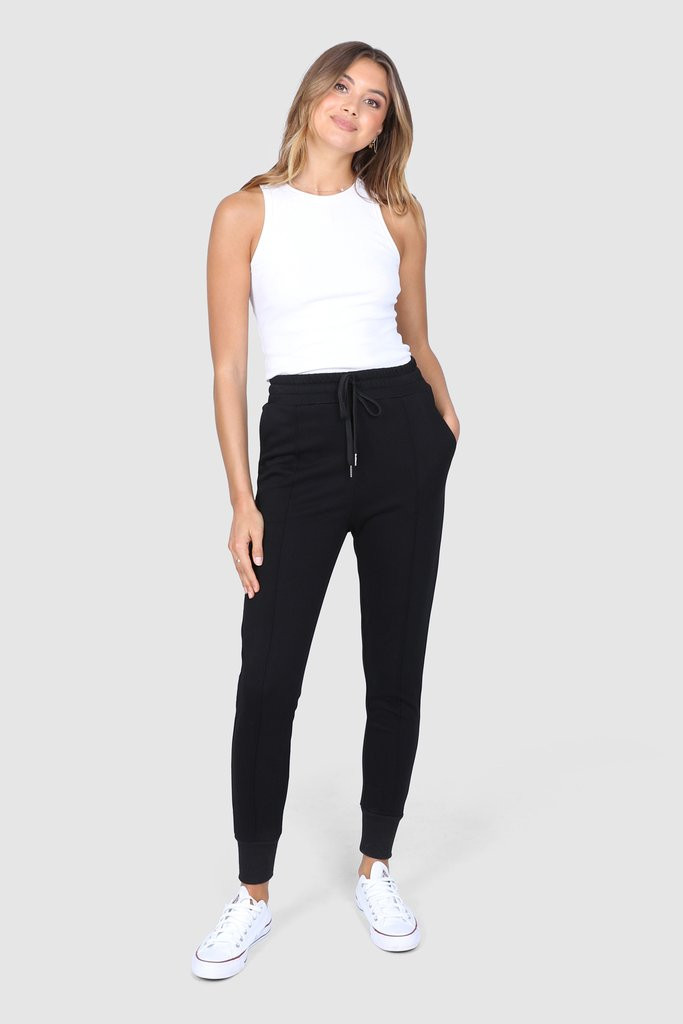 Madison The Label Billie Joggers Black