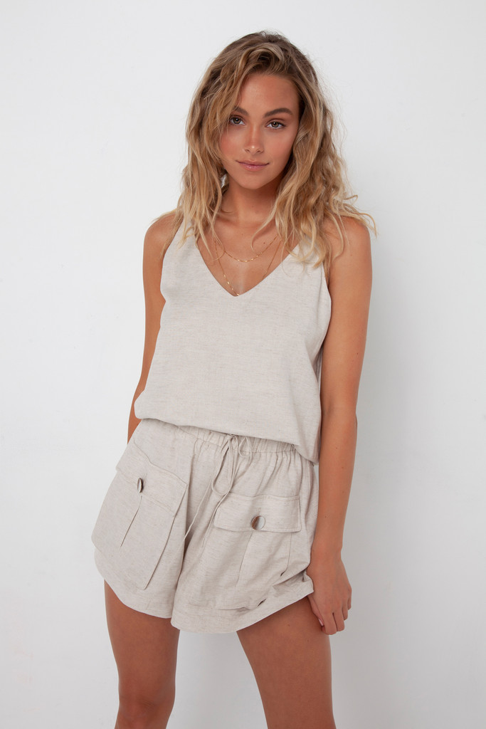 Madison The Label Calli Shorts Stone