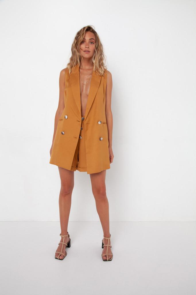 Madison The Label Charlotte Vest Camel