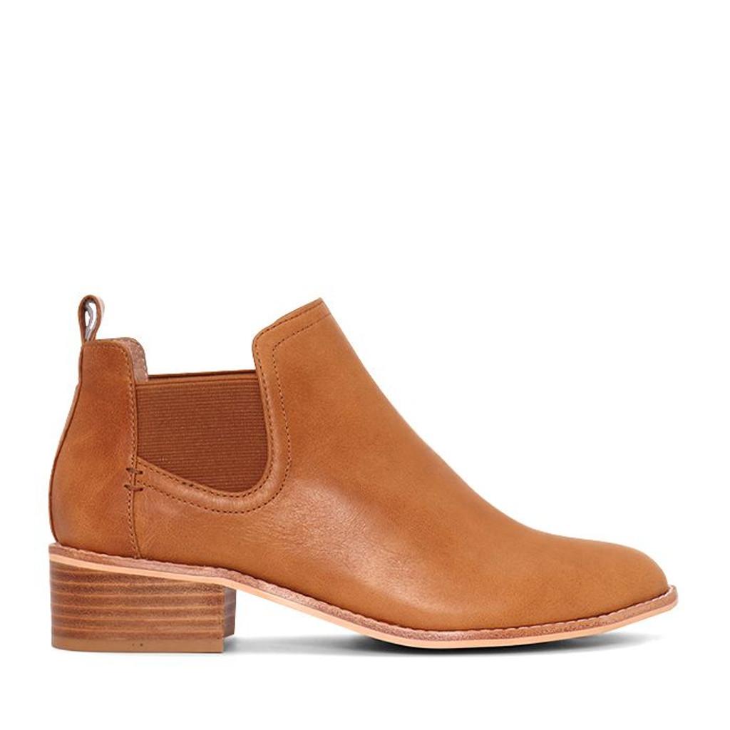 Nude Footwear Rumer Boots Tan