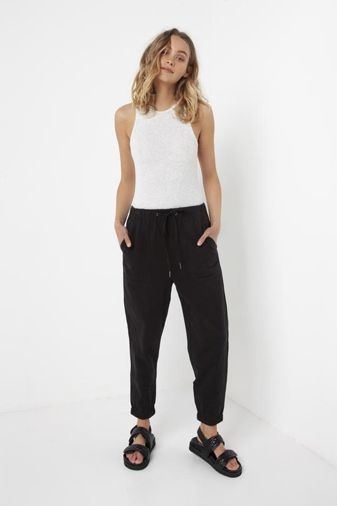 Madison The Label Cara Joggers Black