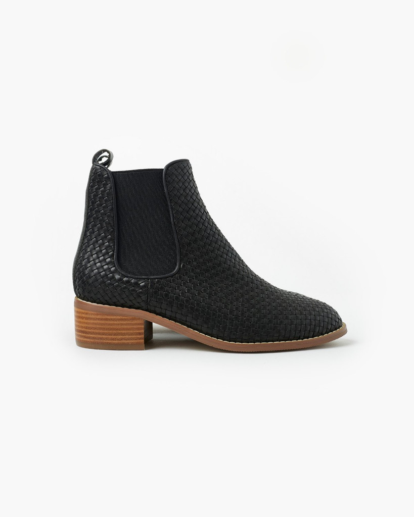 Walnut Melbourne Grace Weave Leather Boot Black